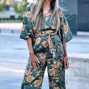 NEW Zara Floral Green Jumpsuit Kimono Printed L